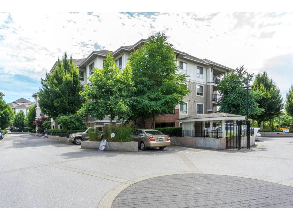 """Main Photo: C113 8929 202 Street in Langley: Walnut Grove Condo for sale in """"The Grove"""" : MLS®# R2189548"""
