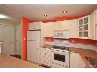 Photo 10: 105 380 Waterfront Cres in VICTORIA: Vi Rock Bay Condo for sale (Victoria)  : MLS®# 686271