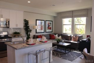 Photo 10: CHULA VISTA Townhouse for sale : 3 bedrooms : 2076 Tango Loop #4