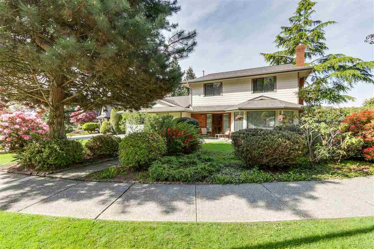 Main Photo: 8018 WOODHURST Drive in Burnaby: Forest Hills BN House for sale (Burnaby North)  : MLS®# R2164061