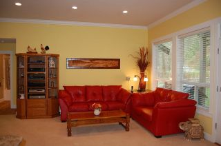 Photo 2: 10991 SYLVESTER Road in Mission: Hatzic House for sale : MLS®# R2256465