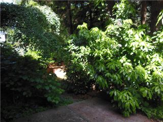 """Photo 20: 5472 BLUEBERRY Lane in North Vancouver: Grouse Woods House for sale in """"GROUSE WOODS"""" : MLS®# V1127820"""