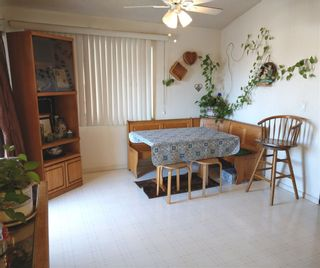 Photo 4: SAN MARCOS Manufactured Home for sale : 3 bedrooms : 500 Rancheros Drive #149