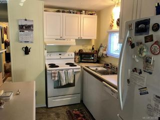 Photo 2: 37 848 Hockley Ave in VICTORIA: La Langford Proper Manufactured Home for sale (Langford)  : MLS®# 786927