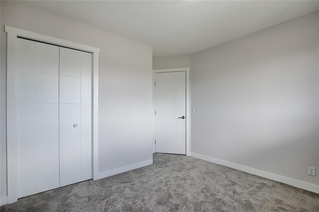 Photo 23: Photos: 1134 BERKLEY Drive NW in Calgary: Beddington Heights Semi Detached for sale : MLS®# C4303281