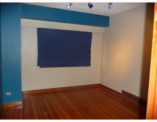 Photo 7: Photos: 2457 BROCK Street in Vancouver: Collingwood VE House for sale (Vancouver East)  : MLS®# V810270