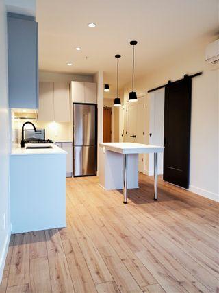"Photo 1: 422 2493 MONTROSE Avenue in Abbotsford: Central Abbotsford Condo for sale in ""Upper Montrose"" : MLS®# R2535864"