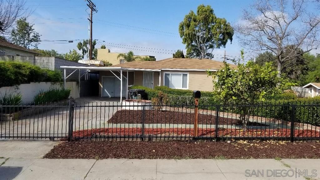 Main Photo: CITY HEIGHTS House for sale : 4 bedrooms : 708 Olivewood Terrace in San Diego