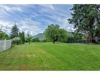 Photo 35: 35281 RIVERSIDE Road in Mission: Durieu Manufactured Home for sale : MLS®# R2582946