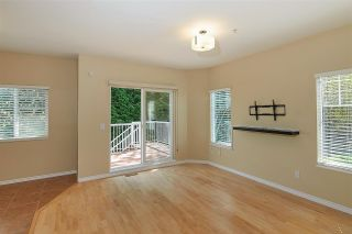 """Photo 10: 11 1108 RIVERSIDE Close in Port Coquitlam: Riverwood Townhouse for sale in """"HERITAGE MEADOWS"""" : MLS®# R2359716"""