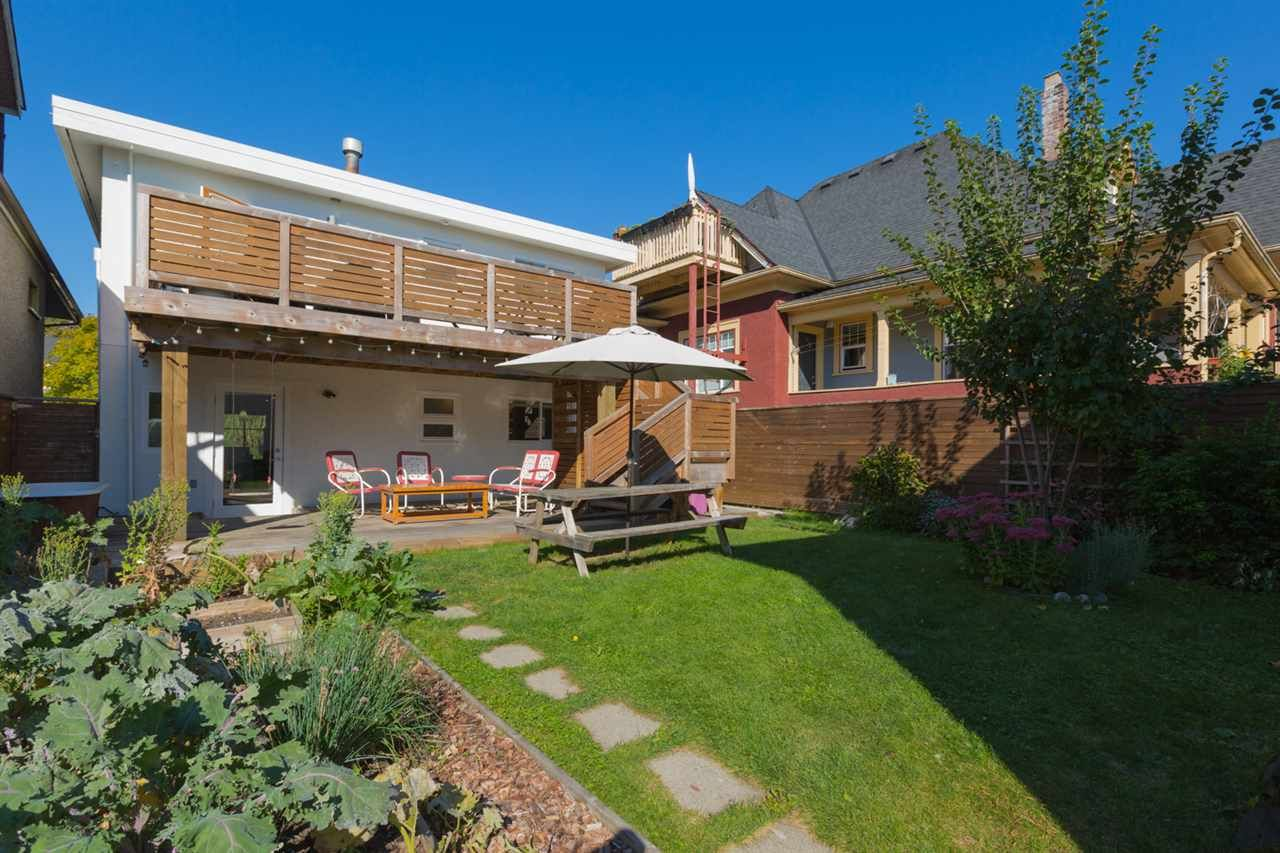 Main Photo: 1834 NAPIER Street in Vancouver: Grandview VE House for sale (Vancouver East)  : MLS®# R2111926