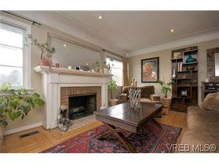 Photo 1: 2048 Newton St in VICTORIA: OB Henderson House for sale (Oak Bay)  : MLS®# 593355