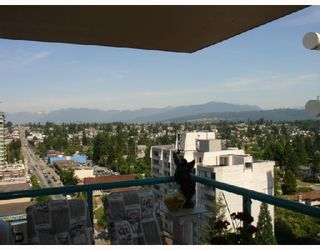 """Photo 9: 1303 612 6TH Street in New_Westminster: Uptown NW Condo for sale in """"THE WOODWARD"""" (New Westminster)  : MLS®# V659240"""