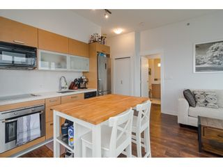 """Photo 9: 2504 10777 UNIVERSITY Drive in Surrey: Whalley Condo for sale in """"City Point"""" (North Surrey)  : MLS®# R2539376"""