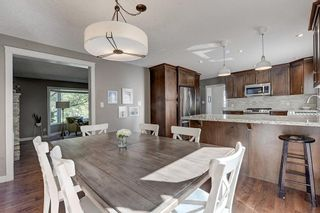 Photo 8: 2956 LATHOM Crescent SW in Calgary: Lakeview Detached for sale : MLS®# C4263838