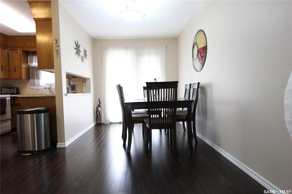 Photo 6: Photos: 1030 Dorothy Street in Regina: Normanview West Residential for sale : MLS®# SK810088