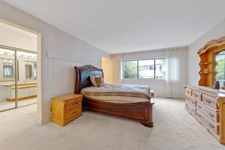 """Photo 18: 202 1250 MARTIN Street: White Rock Condo for sale in """"THE REGENCY"""" (South Surrey White Rock)  : MLS®# R2610384"""