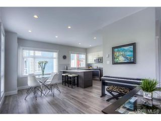 Photo 3: 102 2737 Jacklin Rd in VICTORIA: La Langford Proper Row/Townhouse for sale (Langford)  : MLS®# 737621
