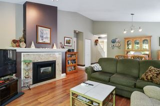 """Photo 9: 25 21138 88 Avenue in Langley: Walnut Grove Townhouse for sale in """"SPENCER GREEN"""" : MLS®# R2582937"""