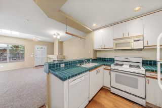 Photo 5: CARMEL VALLEY Condo for sale : 2 bedrooms : 12608 Carmel Country Rd #33 in San Diego