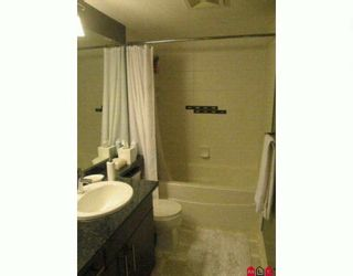 """Photo 7: 204 19366 65 Avenue in Surrey: Clayton Condo for sale in """"Liberty at Southlands"""" (Cloverdale)  : MLS®# F2926783"""