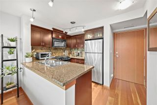 """Photo 5: 509 10 RENAISSANCE Square in New Westminster: Quay Condo for sale in """"Murano Lofts"""" : MLS®# R2591099"""