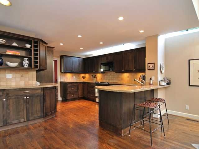 Main Photo: 5484 MONTE BRE CR in West Vancouver: Upper Caulfeild House for sale : MLS®# V1058686
