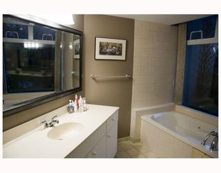 """Photo 8: 103 71 JAMIESON Court in New Westminster: Fraserview NW Condo for sale in """"PALACE QUAY"""" : MLS®# V803020"""
