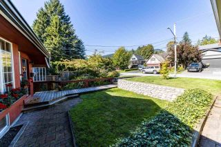 """Photo 31: 1561 DOVERCOURT Road in North Vancouver: Lynn Valley House for sale in """"Lynn Valley"""" : MLS®# R2502418"""