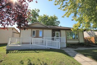 Photo 1: 136 Grassie Boulevard in Winnipeg: Residential for sale (3H)  : MLS®# 1927034