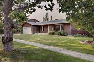 Photo 3: 2620 Palliser Drive SW in Calgary: Oakridge Detached for sale : MLS®# A1134327