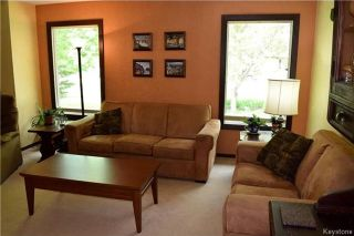 Photo 3: 41 Maple Drive: Oakbank Residential for sale (R04)  : MLS®# 1714440