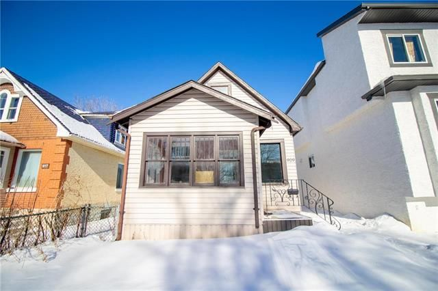 Main Photo: 909 Manitoba in Winnipeg: Single Family Detached for sale (4B)  : MLS®# 1931208