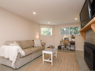 Photo 16: 355 Windermere Pl in : Vi Fairfield East Half Duplex for sale (Victoria)  : MLS®# 874253