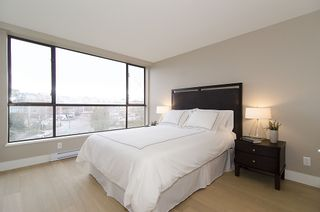 """Photo 14: 313 1490 PENNYFARTHING Drive in Vancouver: False Creek Condo for sale in """"HARBOUR COVE"""" (Vancouver West)  : MLS®# V938539"""