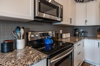 Photo 7: 759 Glacial Shores Bend in Saskatoon: Evergreen Residential for sale : MLS®# SK865019