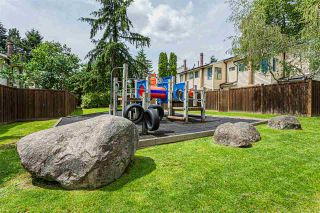 """Photo 37: 1 9320 128 Street in Surrey: Queen Mary Park Surrey Townhouse for sale in """"SURREY MEADOWS"""" : MLS®# R2475340"""