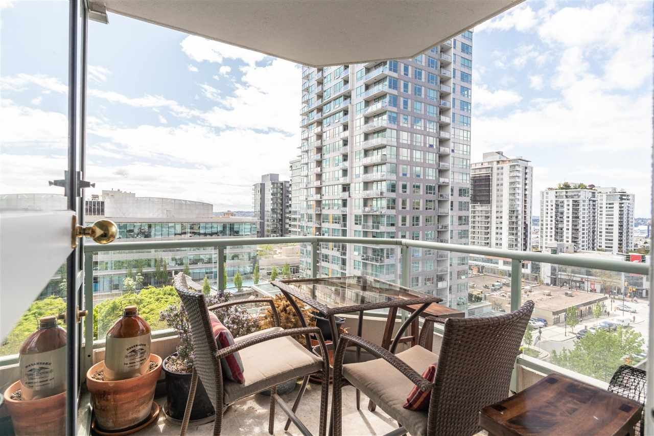 """Main Photo: 904 140 E 14TH Street in North Vancouver: Central Lonsdale Condo for sale in """"Springhill Place"""" : MLS®# R2452707"""
