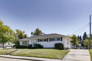 Photo 3: 1925 Green Ridge Road SW in Calgary: Glendale Detached for sale : MLS®# A1143834