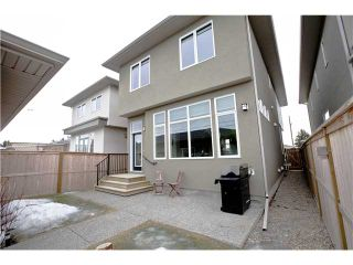 Photo 20: 810 7 Avenue NE in CALGARY: Renfrew_Regal Terrace Residential Detached Single Family for sale (Calgary)  : MLS®# C3604291