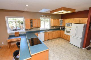 Photo 8: 1025 Vega Rd in : CV Comox Peninsula House for sale (Comox Valley)  : MLS®# 882416