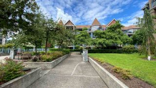 """Photo 15: 108 1200 EASTWOOD Street in Coquitlam: North Coquitlam Condo for sale in """"LAKESIDE TERRACE"""" : MLS®# R2466564"""