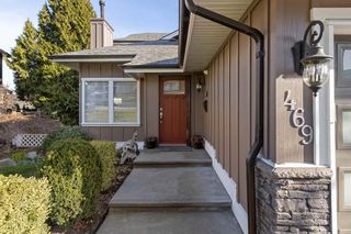 Photo 3: 469 CARIBOO Crescent in Coquitlam: Coquitlam East House for sale : MLS®# R2555467