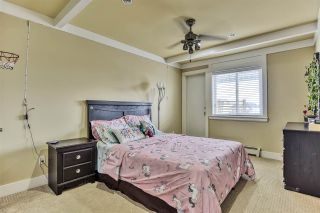 Photo 12: 7058 148 Street in Surrey: East Newton House for sale : MLS®# R2439736