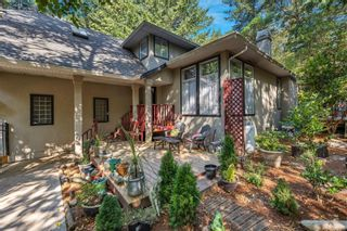 Photo 38: 2258 Trudie Terr in Langford: La Thetis Heights House for sale : MLS®# 884383