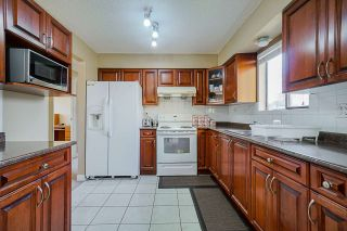 Photo 5: 14259 71 Avenue in Surrey: East Newton House for sale : MLS®# R2448127
