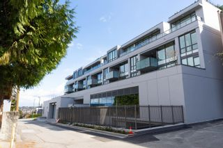 """Photo 39: 304 3639 W 16TH Avenue in Vancouver: Point Grey Condo for sale in """"The Grey"""" (Vancouver West)  : MLS®# R2611859"""