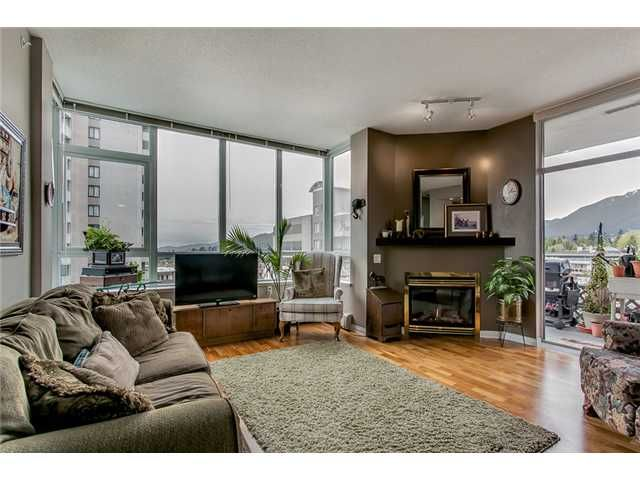 """Main Photo: 402 120 W 16TH Street in North Vancouver: Central Lonsdale Condo for sale in """"The Symphony"""" : MLS®# V1024272"""