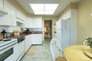 """Photo 4: 218 32691 GARIBALDI Drive in Abbotsford: Abbotsford West Townhouse for sale in """"CARRIAGE LANE"""" : MLS®# R2127583"""