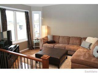 Photo 6: 803 Weisdorff Place: Warman Single Family Dwelling for sale (Saskatoon NW)  : MLS®# 537473